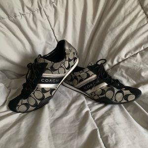 Women's coach shoes size 8